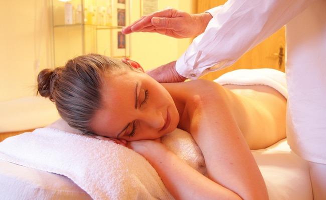 Массаж живота после родов: когда можно делать массаж для подтяжки живота, можно ли вакуумный, можно ли убрать живот после родов массажем